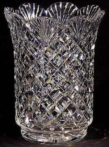 """Picture of 8"""" Urn Vase (Scalloped)"""