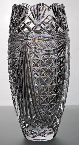 Picture of Scalloped Master Barrel Vase