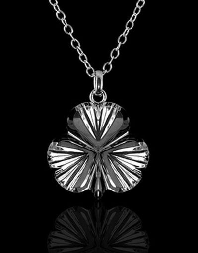 Picture of Small Shamrock Necklace
